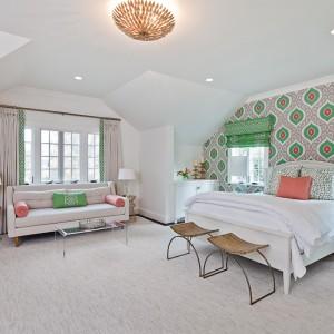 Apt Bedroom